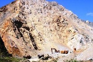Sập mỏ đá đang khai thác 1 người chết, 2 người trọng thương