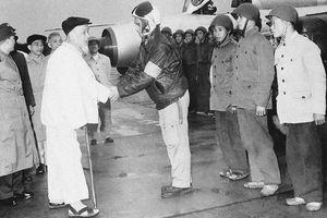 Tình cảm đặc biệt của Bác Hồ với Quân đội nhân dân Việt Nam