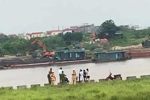 Trắng đêm tìm kiếm một phụ nữ ở Bắc Ninh nhảy cầu tự tử