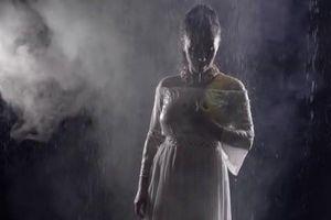 Cái chết bí ẩn của thiếu phụ mặc áo ngủ trong ngôi biệt thự
