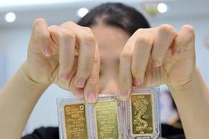 Giá vàng đã tăng gần 24%, liệu còn tăng nữa?