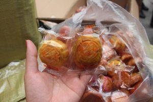 Hà Nội: Phát hiện hơn 500 chiếc bánh trung thu nghi nhập lậu