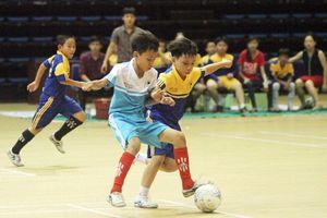 Vướng mắc trong xã hội hóa thể thao học đường