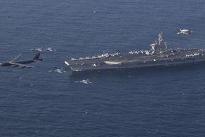Vì sao nhóm tàu sân bay uy dũng của Mỹ phải 'né' Iran?