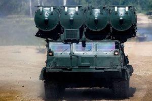 S-300 của Nga dũng mãnh phá tan cuộc tấn công ồ ạt của kẻ địch