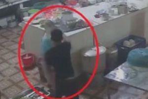 Tình tiết bất ngờ vụ nữ đầu bếp bị kẻ lạ mặt tạt axit tại Hòa Bình