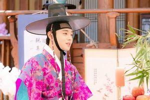 Park Ji Hoon (Wanna One) được khen về diễn xuất, tỏa sáng trong 'Mỹ nam đẹp hơn hoa' bản cổ trang