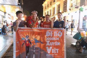 Doanh nhân Vũ Ngọc Thức đi bộ xuyên Việt và hành trình đánh thức sự phi thường