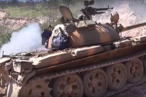 Đoàn xe tăng Syria rầm rập tiến đánh thị trấn Kabani