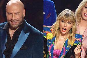 John Travolta nhầm Taylor Swift với nghệ sĩ giả gái