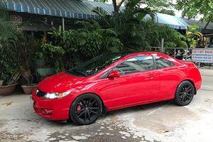 Honda Civic Si Coupe 'hàng độc' bán 580 triệu ở Sài Gòn