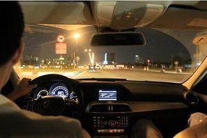 Đi 8km, du khách Ấn Độ bị tài xế taxi 'chặt chém' 1,2 triệu đồng