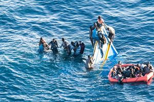Lật tàu tại Libya làm 40 người chết và mất tích