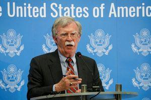 Cố vấn An ninh quốc gia Mỹ John Bolton thăm Ukraine