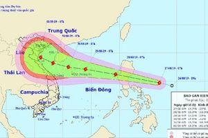 Bão Podul giật cấp 11 hướng thẳng vào đất liền Việt Nam