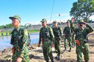 Bộ đội Việt Nam - Campuchia tuần tra biên giới chung