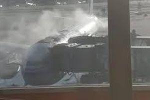 Máy bay hãng Air China bốc cháy trước giờ cất cánh