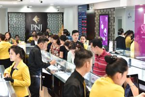 Giá vàng SJC 28/8 tăng mạnh, mua bán 42,45 - 42,85 triệu đồng/lượng