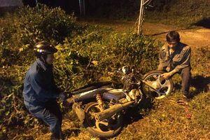 Xe máy tông liên hoàn trong đêm, 5 người thương vong