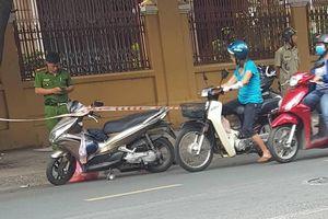 Người đàn ông bị giang hồ chém lìa tay ở trung tâm Sài Gòn đã qua cơn nguy kịch