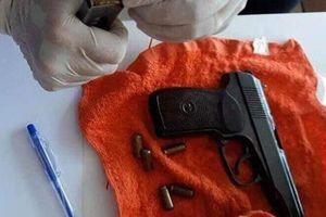 Nhóm nam nữ mang theo súng, đi ô tô từ Quảng Trị vào Đà Nẵng thuê 5 phòng khách sạn để 'phê' ma túy
