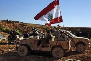 Quân đội Lebanon nổ súng tấn công UAV Israel