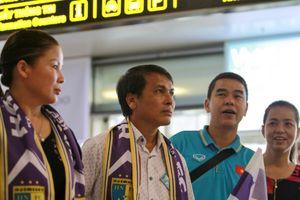 Cảm xúc trái ngược của nhà Quang Hải và Duy Mạnh khi CLB Hà Nội trở về