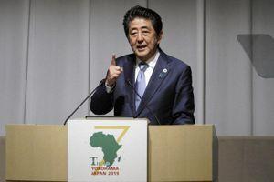 Thủ tướng Nhật cảnh báo châu Phi chìm trong 'nợ nần' với TQ