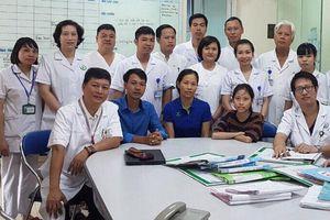 Trải qua 23 cuộc phẫu thuật và hành trình thành sinh viên y khoa