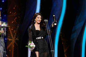 Trương Ngọc Ánh nhận giải 'Ngôi sao châu Á' tại Hàn Quốc