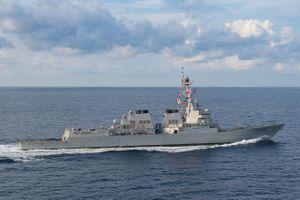 Giữa lúc căng thẳng với Trung Quốc, tàu chiến Mỹ bất ngờ xuất hiện ở Biển Đông