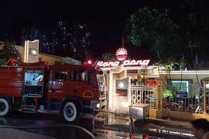 Trắng đêm vật lộn với lửa ở Công ty Rạng Đông