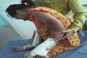 Khởi tố gã chồng đánh vợ mang thai vỡ đầu