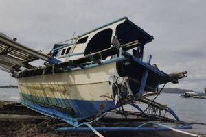 Vụ đâm chìm tàu: Chủ tàu Trung Quốc xin lỗi, ngư dân Philippines không chấp nhận