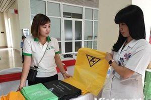 Bệnh viện K: Sẽ thay 1 tấn túi nilon mỗi tháng bằng túi sinh học