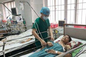 Cứu sống bệnh nhân bị thanh sắt đâm xuyên phổi