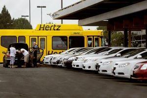 Thị trường cho thuê ô tô trước sức ép ngoại nhập