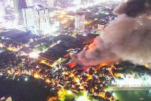 'Khu vực 1km' sau vụ cháy Công ty Rạng Đông: Bao gồm nhiều trường học và khu đông dân cư