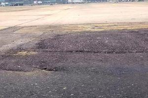 Đường băng sân bay Nội Bài vá víu, lồi lõm