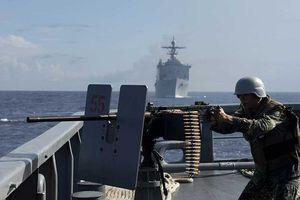 Đối phó Trung Quốc ở biển Đông: Cơ bắp chưa đủ!