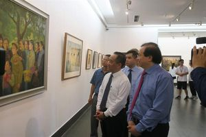 Khai mạc triển lãm hội họa 'Nhớ về Bác'