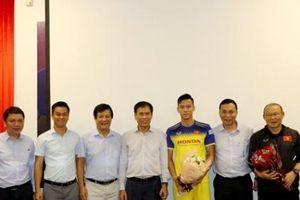 ĐT Việt Nam nhận sự động viên trước thềm trận gặp Thái Lan