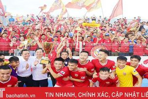 Thắng Tây Ninh, Hồng Lĩnh Hà Tĩnh chính thức lên chơi V.League