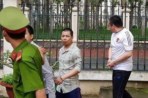 Sóc Trăng: Cựu đại úy công an nhận án tù vì chở thuốc lá lậu