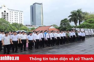 Đoàn đại biểu tỉnh Thanh Hóa dâng hương tưởng nhớ Chủ tịch Hồ Chí Minh, Mẹ Việt Nam anh hùng và các Anh hùng liệt sĩ