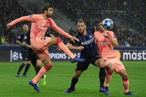 Bốc thăm vòng bảng Champions League: Barca ở bảng 'tử thần'