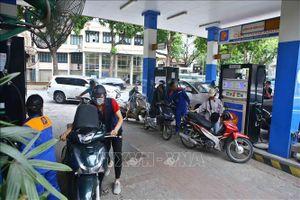 Giá xăng, dầu giảm nhẹ từ 15 giờ chiều ngày 31/8