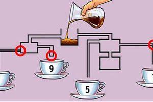 Cốc nào sẽ đầy cà phê đầu tiên?
