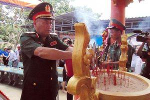 Khánh thành Nhà bia tưởng niệm Anh hùng, liệt sĩ tại Hóc Thượng
