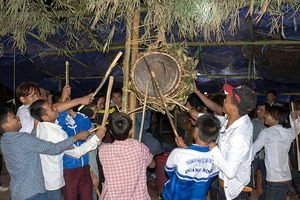 Độc đáo lễ hội Đập trống Ma Coong ở Quảng Bình